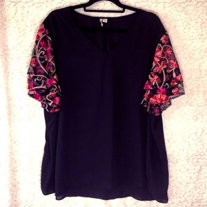 Cato Blouse 22/24 with Floral sheer sleeves black